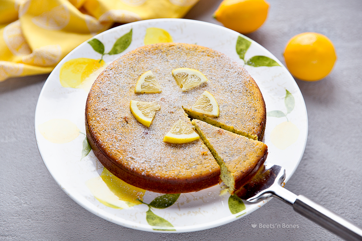 Which Type Of Dishes Can Be Used For Making Cake